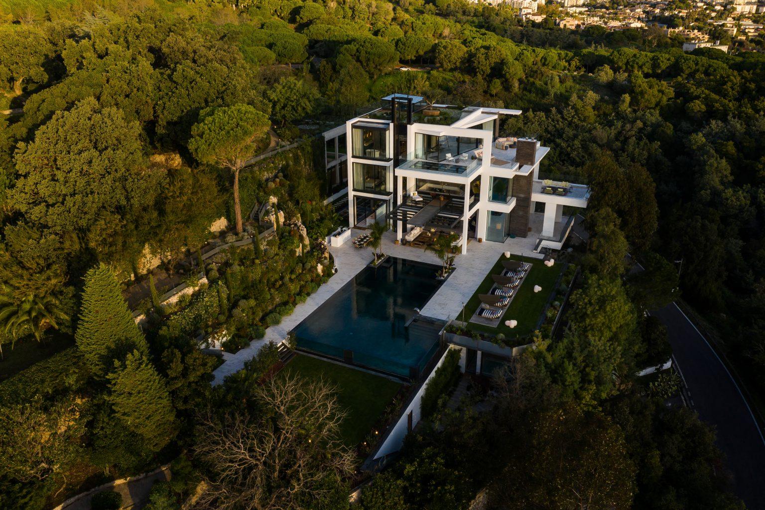 2_luxe vue mer jardin villa