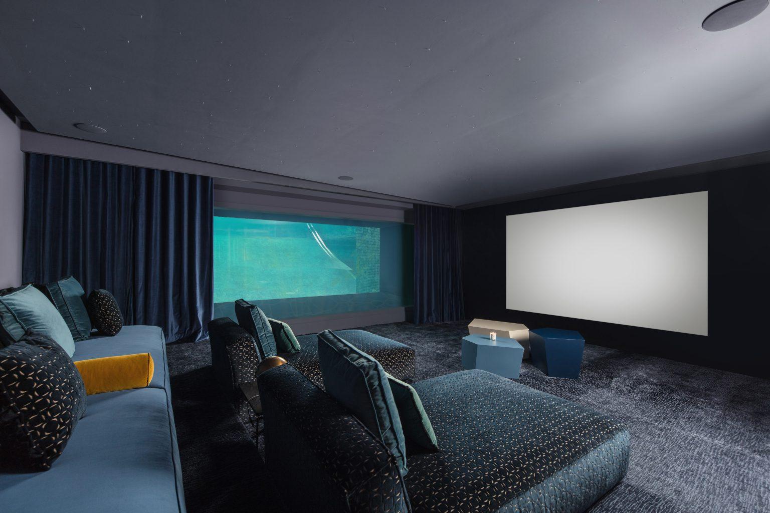 piscine cinema aquarium